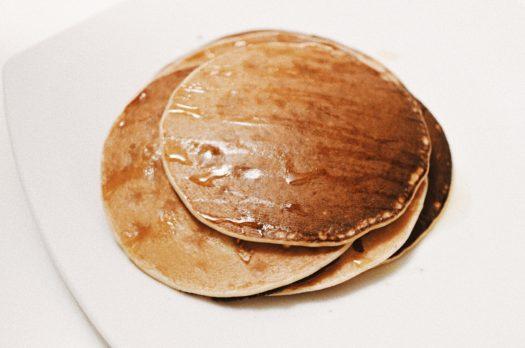 Fare i pancakes con una bottiglia